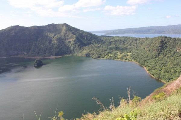 Day trip to Taal Volcano in Tagaytay