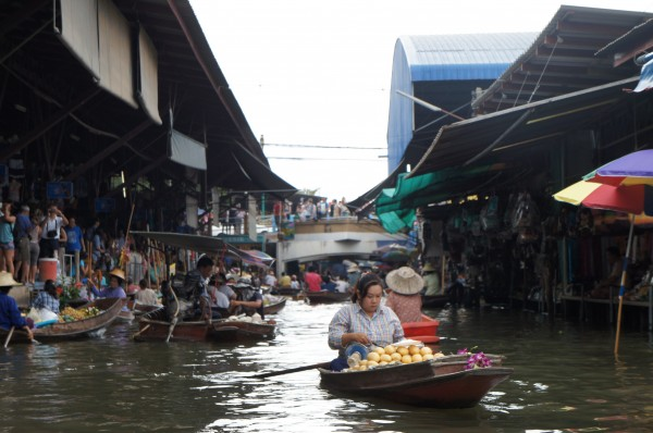 Floating Market where you can buy a wide array of items