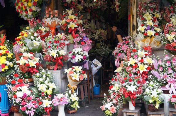 Flower Market of Thailand had hundreds of flowers and arrangements for sale