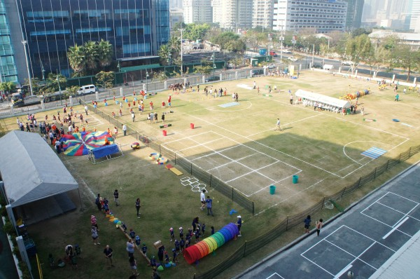 The field is all set-up for the kids to run around, play as a team and have fun
