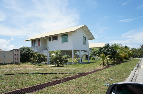 Our tour guide drove us around Brunei and told us how the country/government functions. This is a government built home.