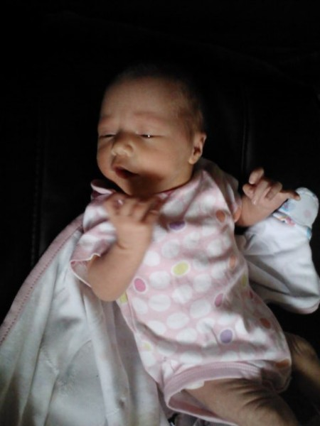 Goldyn Makana (baby #2) weighed in at 6 pounds 8 ounces and 19.5 inches