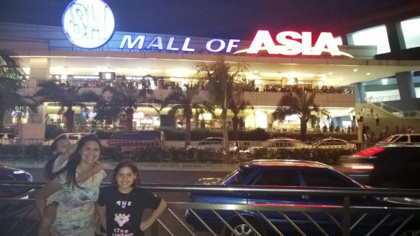 We went to the Mall of Asia to watch the fireworks