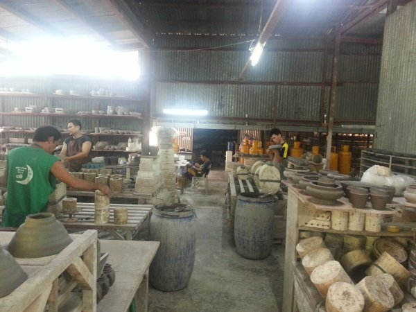 Warehouse area where the pottery is put into molds and inspected