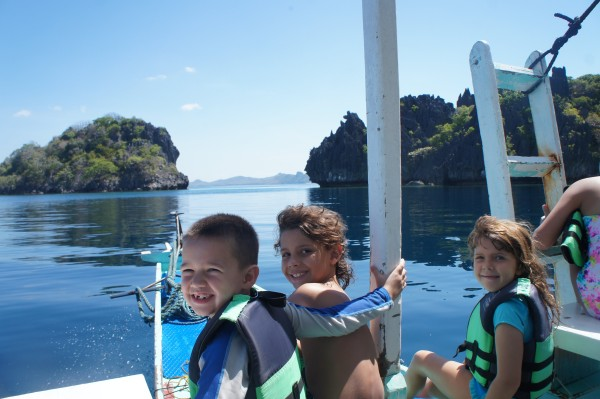 The kids are ready for an adventure. We decided to have a private island hopping tour.