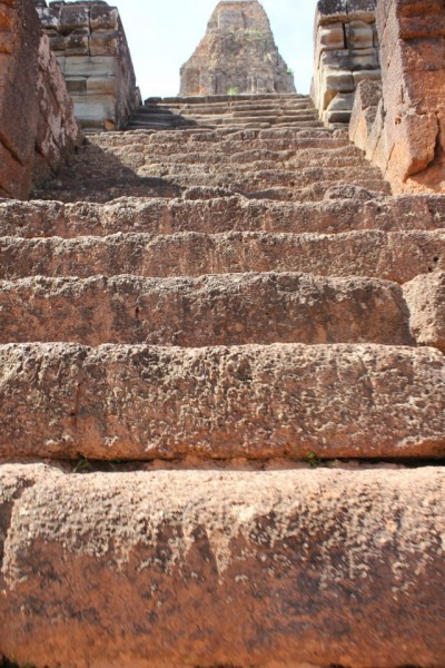 Super steep stairs were pretty common in the temples