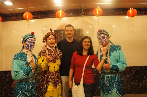 Ended the day by watching a puppet show and opera at Taipei Eye. We got to take photos with members of the cast at intermission