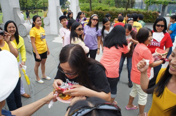 BIG groups of Filipinos were gathered at parks since they all had the day off
