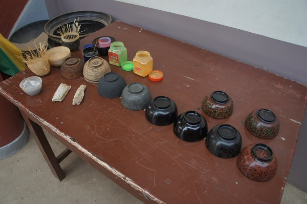 We went to a lacquer-ware factory to see how they make things. This shows the different steps to making something from lacquer