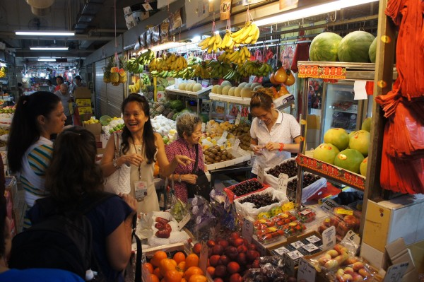 """The """"wet market"""" in Singapore is found in one building in Chinatown"""