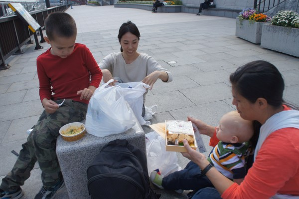 We took advantage of the nice weather and had bento box lunch outside with locals.
