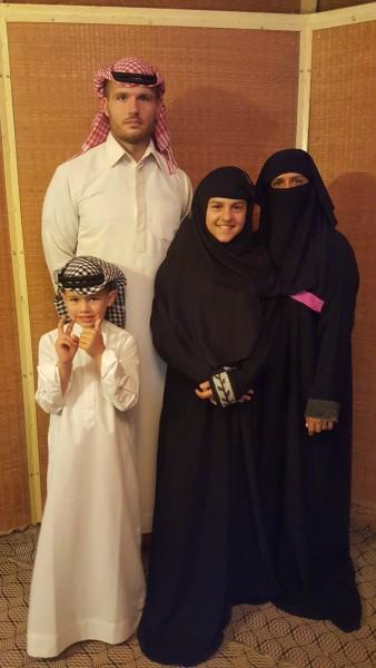 Farley family as Emirates.