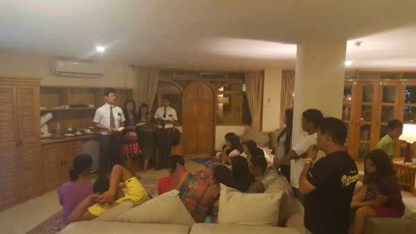 Missionaries shared a message about our Savior Jesus Christ to our family members on this Christmas night.